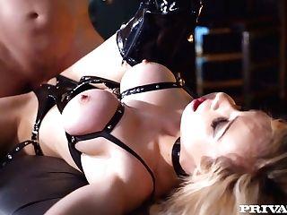 Horny Master Fucks Inviting Bitch In Spandex Undergarments Chessie Kay