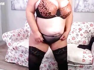 Fat Backside Crimson Hair Granny